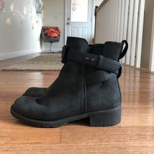 Clark's leather boots/booties